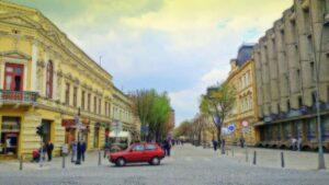 U Šapcu se nalazi pešačka zona sa okolnim objektima značajnim delima arhitekture