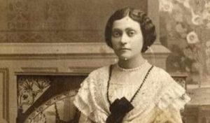 Mlada Isidora 1912. godine