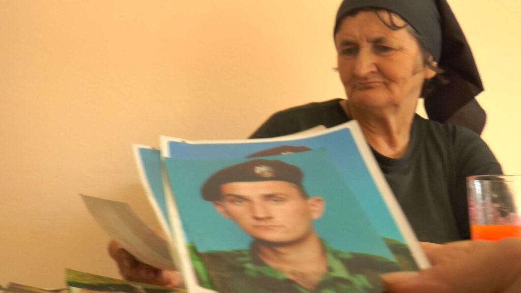 Majka gardiste: Otišao je da služi državi a vratili su ga u kovčegu