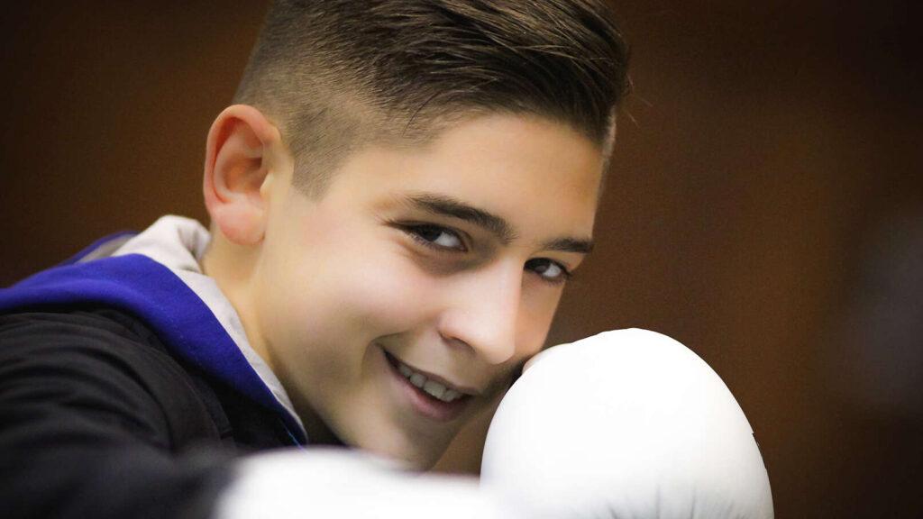 Semiz Aličić – dečak sa šampionskom levicom